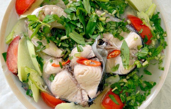Cách nấu canh chua cá bông lau ngon đơn giản kiểu miền Nam