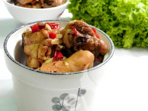 Cách làm thịt gà kho gừng kiểu miền Bắc cay ngon vô cùng hấp dẫn